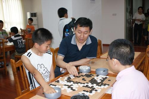 围棋培训能给孩子带来什么?图片